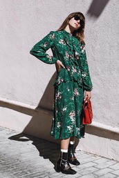 dress,long dress,foral,floral dress,shoes,bag