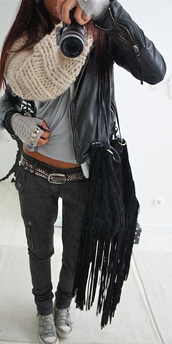 jeans,scarf,jacket,black leather jacket,bag,pants,sneakers,infinity scarf,fringed bag,shoulder bag,grey pants,grey t-shirt,grey jeans,belt,leather jacket,style,studs,gloves,black,silver,coat,cool,camera,knitted scarf,white,shoes,purse,pretty,zip,phone cover,leather,grey,scarve,black jeans,home accessory