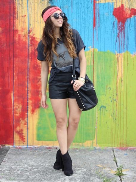 nany's klozet t-shirt shorts shoes bag jewels
