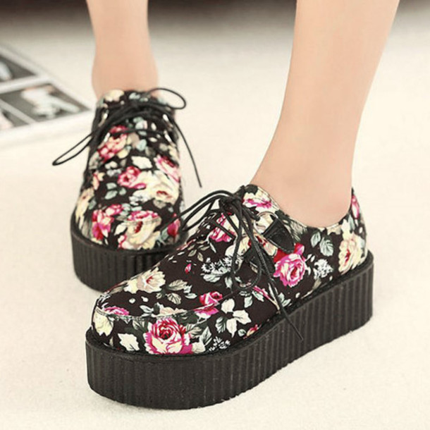 shoes floral black trendy creepers fashion summer spring cool platform shoes boogzel floral shoes