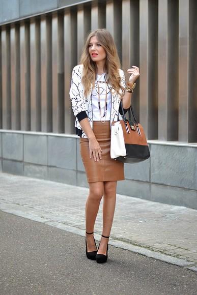 baseball jacket sunglasses mi aventura con la moda blogger bag t-shirt jewels necklace marble