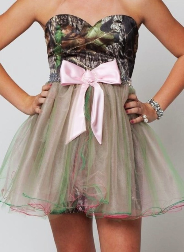 dress camouflage bows