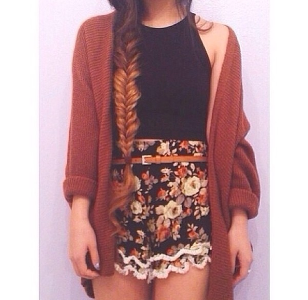 shorts beautiful shorts black top girly summer flowered shorts High waisted shorts sweater
