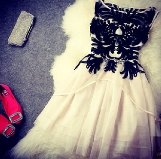dress cream dress black