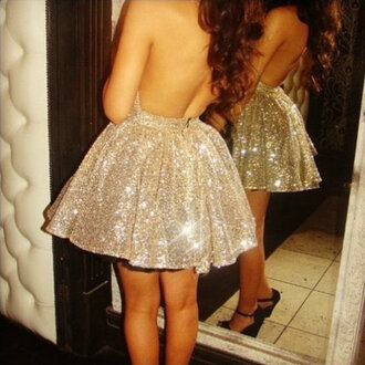 dress gold glitter short backless bag sparkle prom dress glitter dress sequins pretty short dress backless dress prom gold sequins open back the golden diamonds diamonds homecoming dress high heels wedges sequin dress