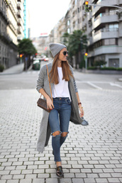 b a r t a b a c,blogger,bag,sunglasses,jewels,grey coat,ripped jeans,white t-shirt