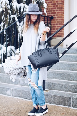 fashionably kay blogger scarf grey sweater black bag ripped jeans boyfriend jeans black shoes black flats