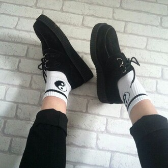 socks creepers black creepers shoes grunge tumblr tumblr fashion tumblr girl yin yang ying yang
