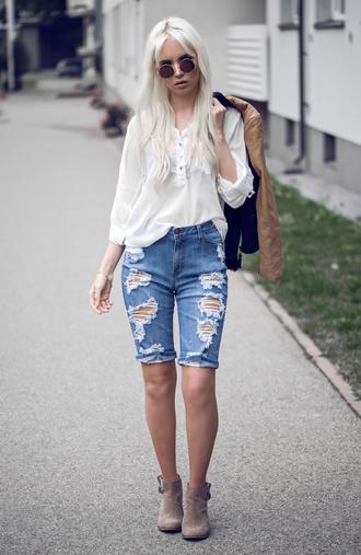oksana orehhova fashion secrets with oksana blogger denim shorts ripped shorts white blouse bermuda