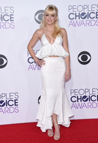 dress skirt top anna faris gown