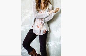 sweater brown leather boots brown boots grey knitted sweater waffle knit floral print top