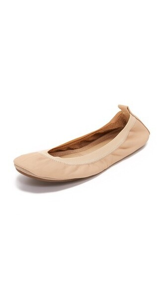 flats nude shoes