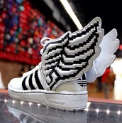 shoes,adidas,wings,black,white,snikers