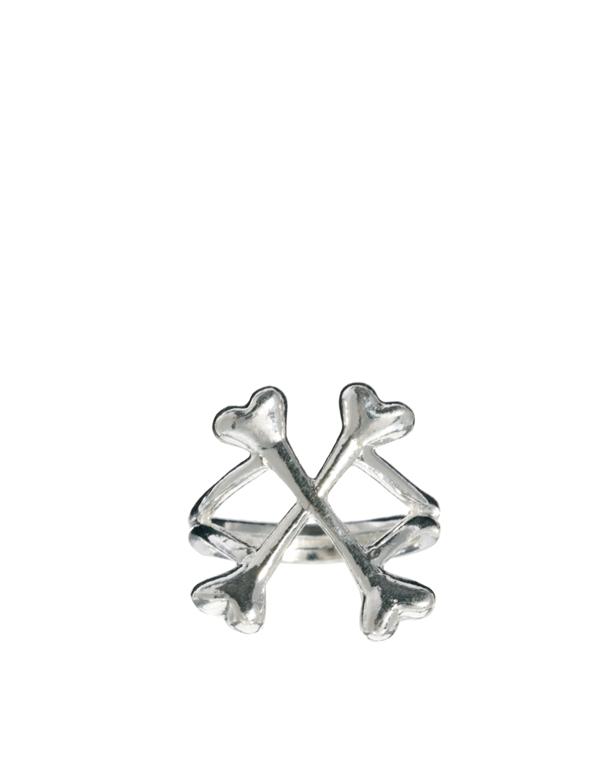 Dr. martens silver bloody mary crossbones ring