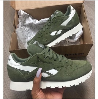 shorts olive green white reebok shoes green