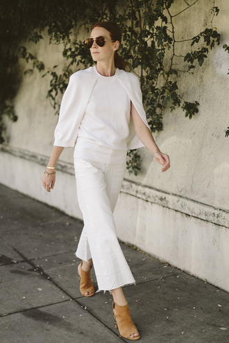 could i have that blogger jeans shoes sweater jewels bag white top white pants peep toe boots booties all white everything