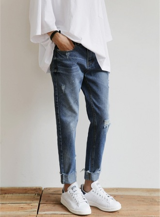 jeans shirt minimalist blue jeans ripped oversized stan smith adidas sneakers casual look le fashion image blogger t-shirt blue pants boyfriend jeans