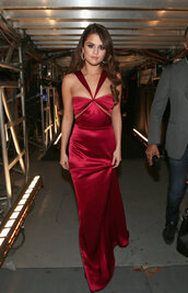 dress,red dress,red carpet dress,grammys 2016,gown,prom dress,long prom dress,selena gomez,red satin long dress
