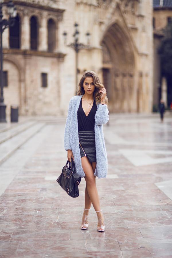 kenza skirt t-shirt sweater shoes bag coat wool coat little black dress
