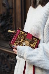 bag,tumblr,printed bag,sweater,white sweater,embellished bag,embellished,embroidered bag,embroidered