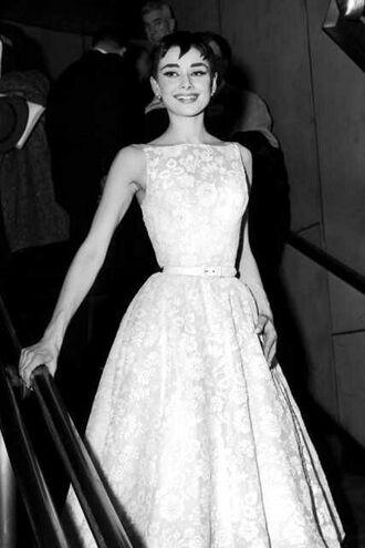 dress audrey hepburn