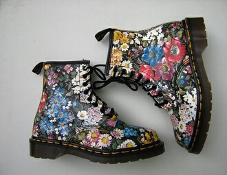 shoes combat boots drmartens floral flowers