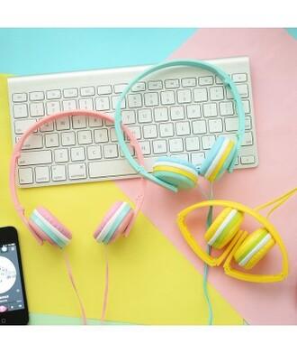 earphones it girl shop keyboard colorful pastel