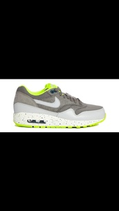 shoes,nike air max grey,green women,vans,gum sole