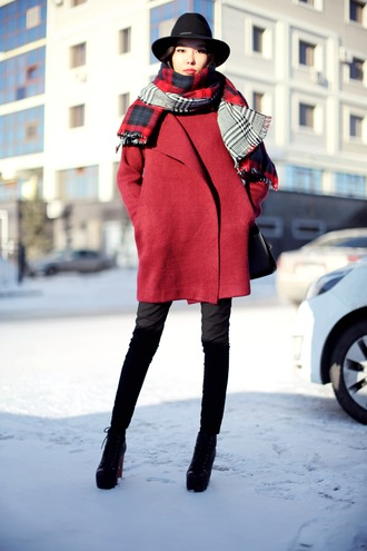 aibina's blog blogger hat winter outfits red coat scarf