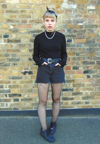 the velvet black grunge blogger coat sweater shorts