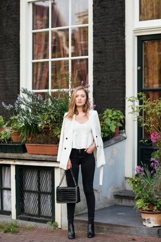 miss confidential blogger jacket top jeans bag shoes white blazer blazer black jeans black bag spring outfits