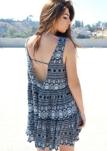 aztec dress black and white black and white dress short dress flowy flowy dress loose loose fit loose fit dress loose dress Open back dress open back aztec print dress aztec dress black and white aztec print
