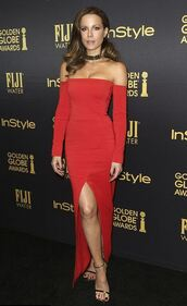 dress,off the shoulder,red dress,red,sandals,choker necklace,kate beckinsale,gown,prom dress