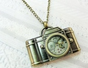 jewels,necklace,camera,bronze necklace,camera necklace,vintage,vintage necklace,vintage necklaces,steampunk,gold,gears