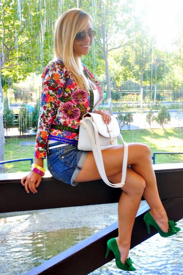 let's talk about fashion ! jacket top bag shoes jewels sunglasses shorts