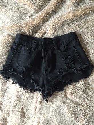 shorts black shorts ripped/distressed/destroyed jean shorts