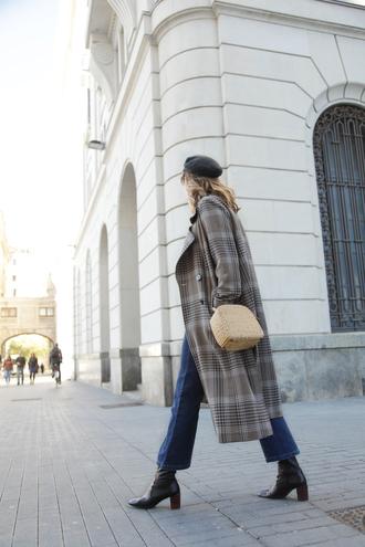 coat tumblr plaid plaid coat grey coat grey long coat long coat bag denim jeans blue jeans boots black boots