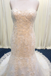 wedding dress,ivory wedding dress,lace bride wedding dress,long train bride dress