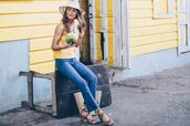 prosecco and plaid,blogger,jeans,tank top,shoes,bag,hat,dress,yellow top,sandals,summer outfits,top