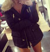 jacket,dreamjacket,black,winter outfits,cold,girl,heart,lovely,fashion,Accessory,clothes,fur