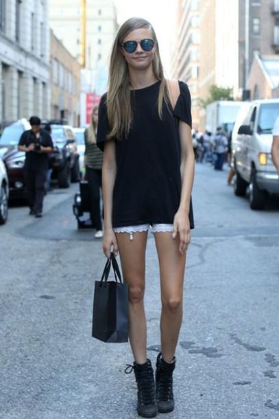 shorts cara delevingne model white lace white shorts tumblr indie lunalady hipster street streetstyle cara delevingne victoria's secret model victoria's secret model sunglasses