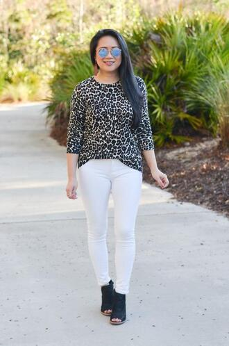 morepiecesofme blogger sunglasses sweater shoes animal print white pants peep toe boots booties