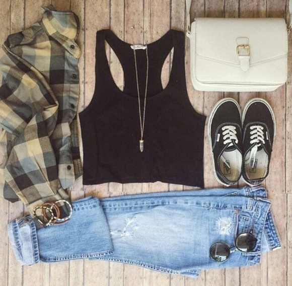 green blouse hipster