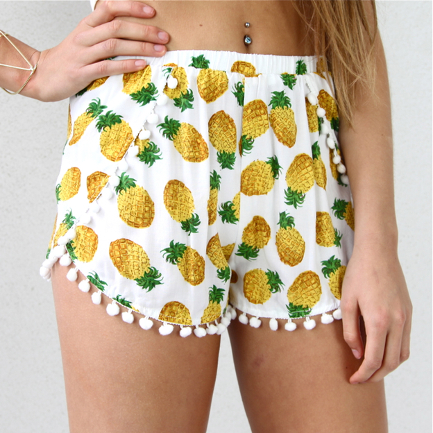 Pineapple pom pom hem wrap shorts white