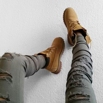 jeans olive green hot sexy pants timberlands cool fashion yeezy 2015 green ripped jeans army green white looking for these green khaki  jeans but can't find them anywhere bag swag grey
