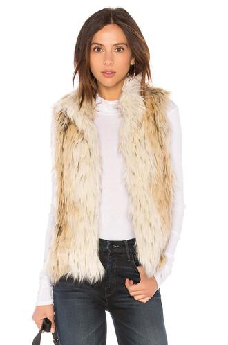 vest white jacket