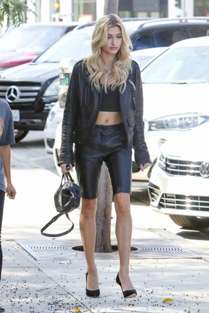 shorts jacket hailey baldwin model off-duty pumps crop tops top all black everything streetstyle shoes