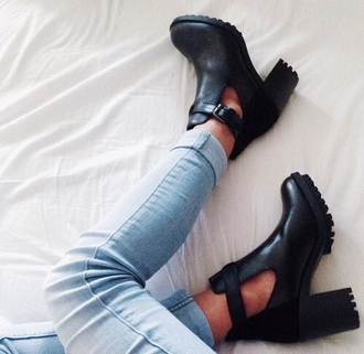 shoes boots little black boots grunge boots army boots trendy black heels black boots