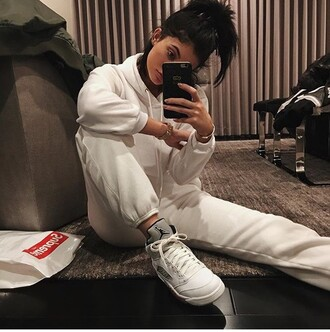 shoes kylie jenner kardashians tracksuit sportswear urban dope air jordan all white everything sweatshirt sweatpants instagram sweater nike jordan shoes nike jumpsuit jordans joggers onesie pants white