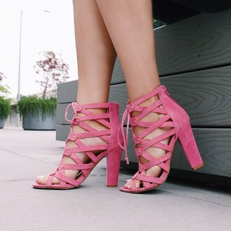 shoes pink heels chunky heel chunky sole blush girly outfit tumblr gojane